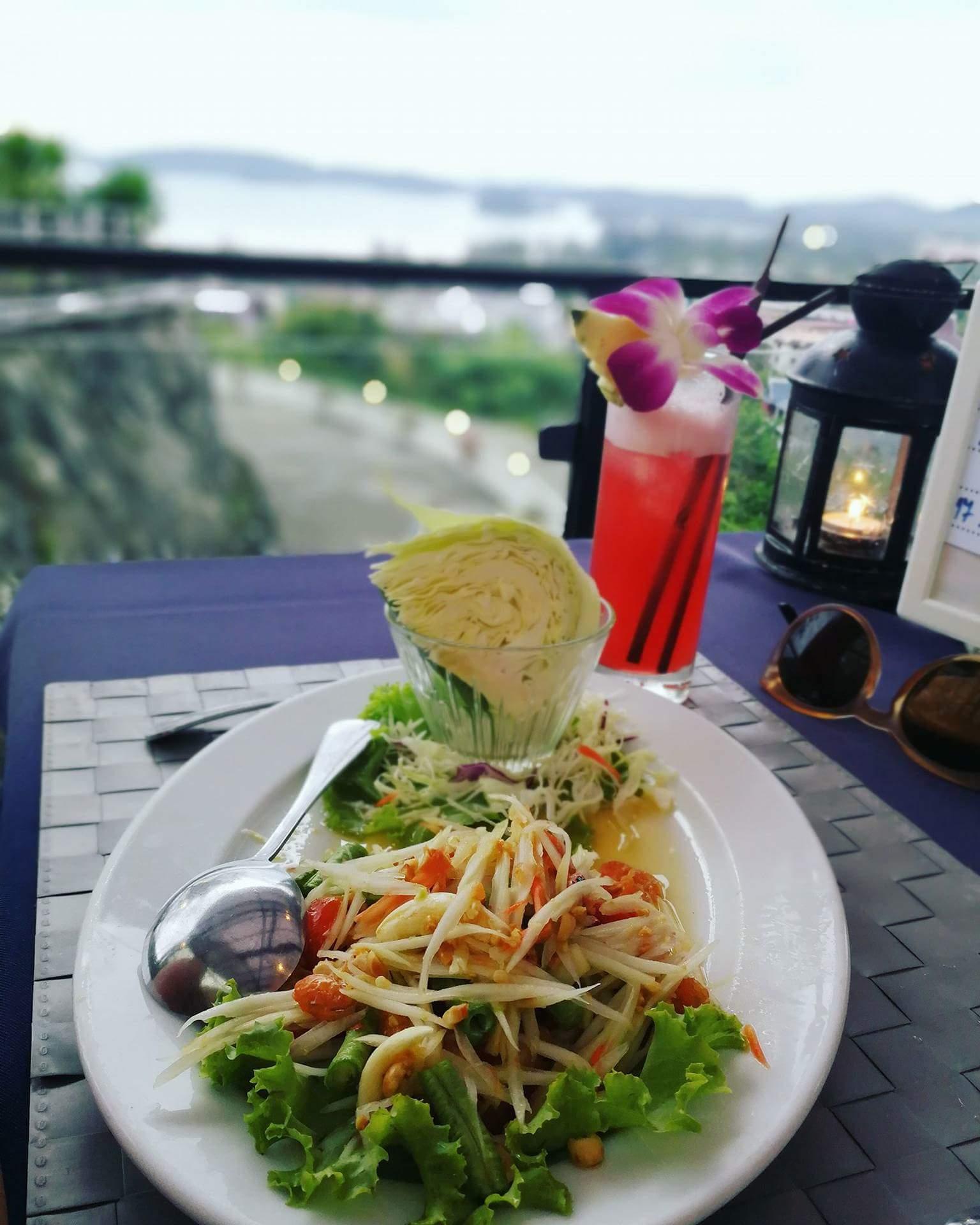 Vakarienė su vaizdu Krabyje
