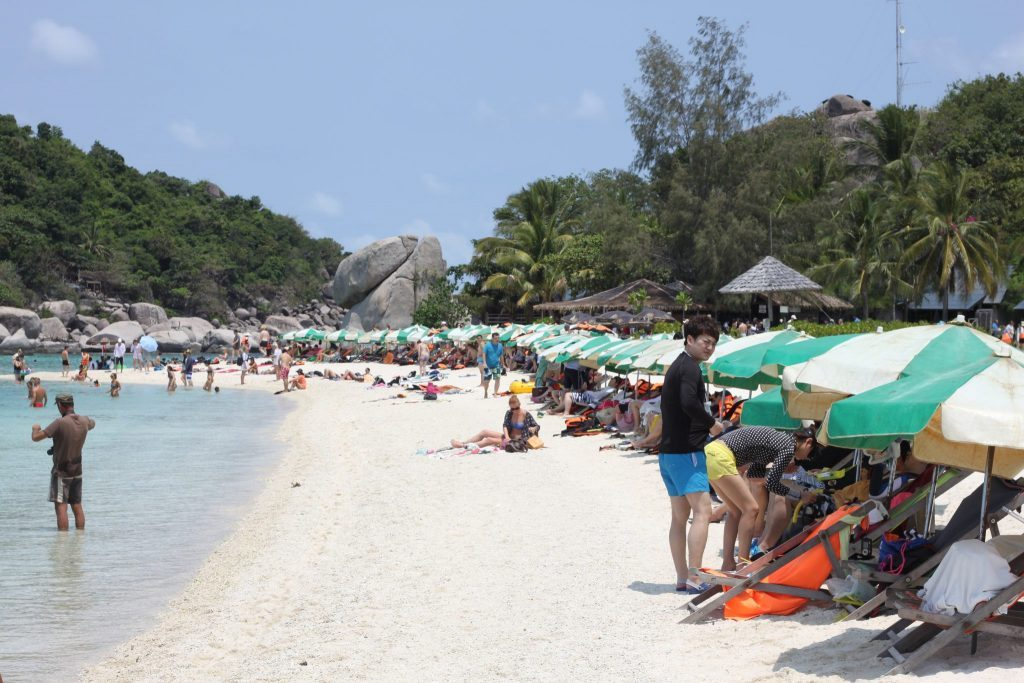 Populiariausias Koh Tao paplūdimys - Sairee beach