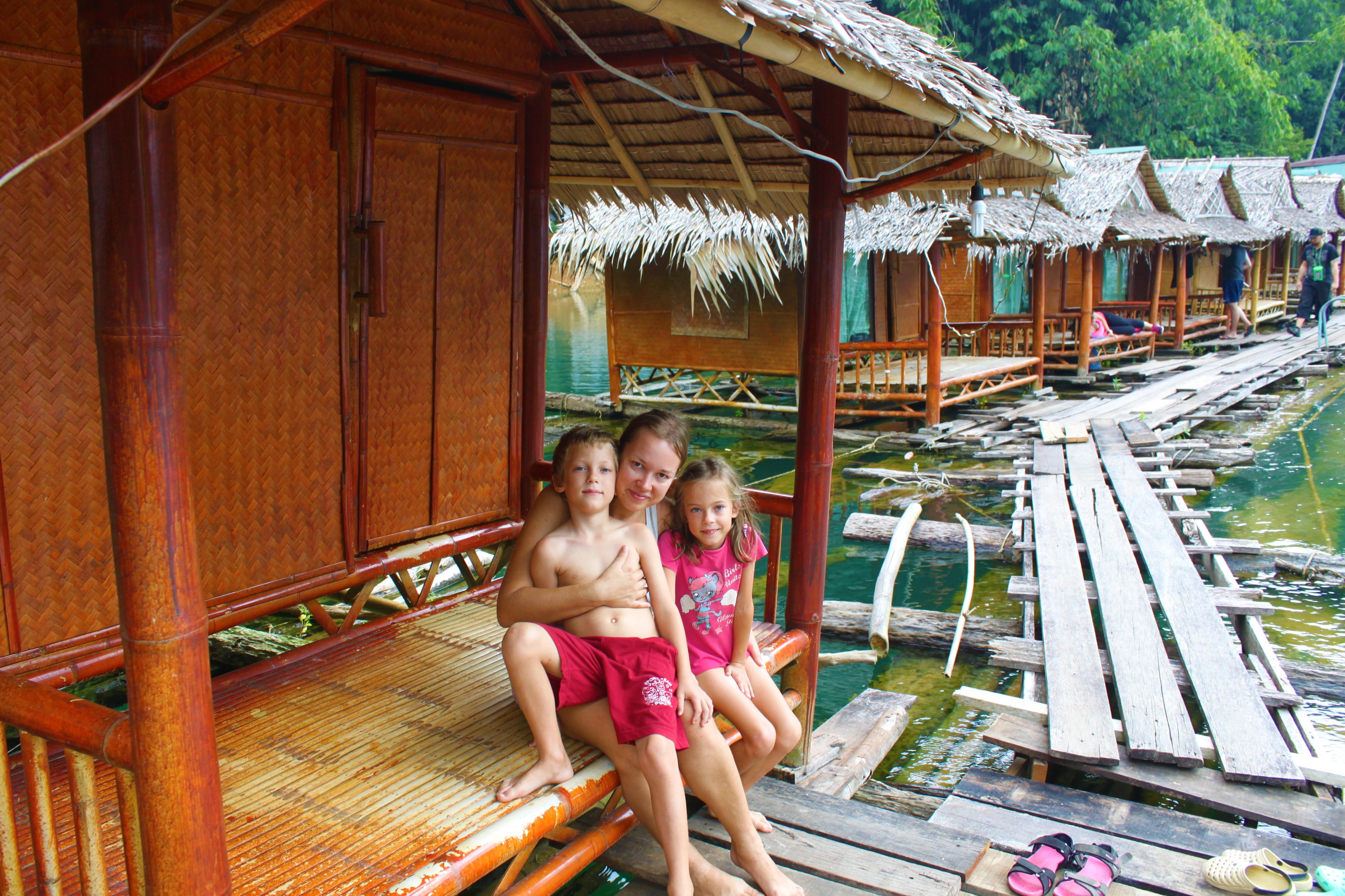 Khao Sok nacionalinis parkas ir Chewo Lan ežere plaukiojantys nameliai