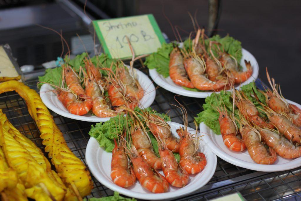 Krevečių lėkštė turguje - 100 Thb