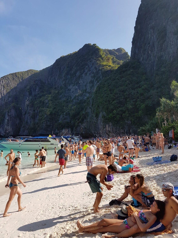 Maya paplūdimys - garsiausias Phi Phi Leh saloje, Krabi regione ir visame Tailande
