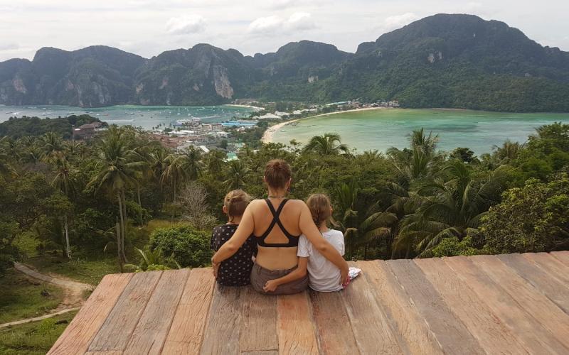 Phi Phi sala Tailande - vaizdas iš apžvalgos aikštelės