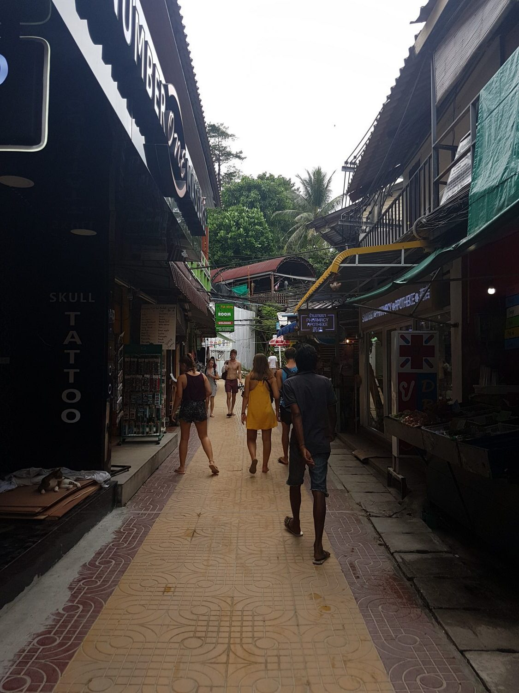 Phi Phi centras Tonsai miestelis