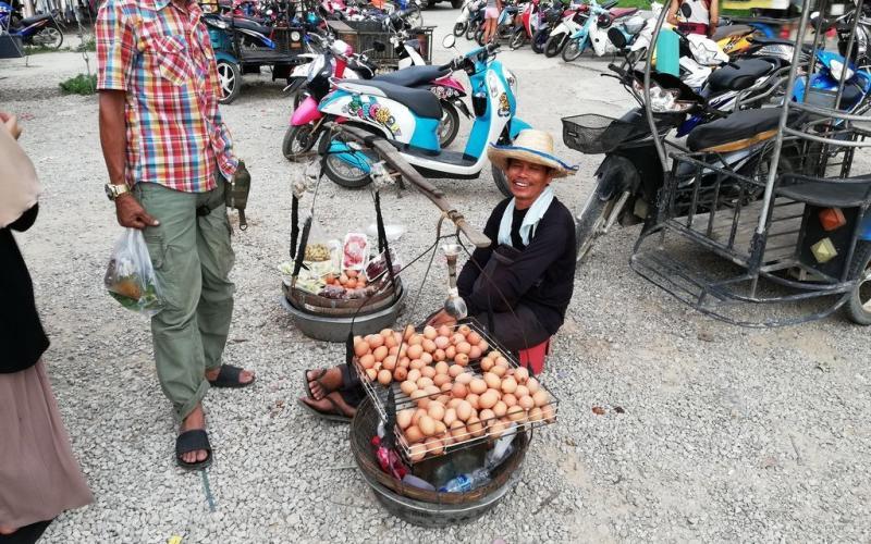 Turgaus prekeivis Ao Nange, Krabi