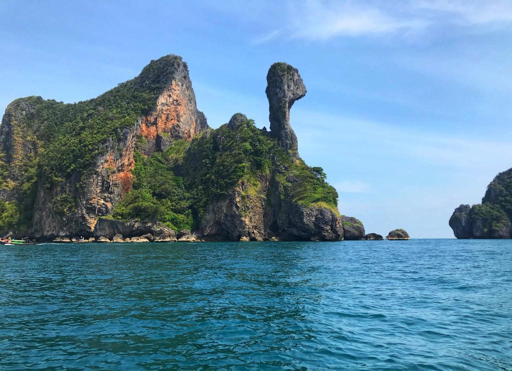 Vietinės salos prie Ao Nang, Krabi - Viščiuko sala