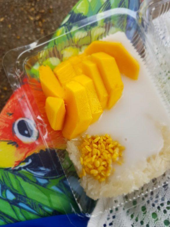 mango sticky rice iš turgaus