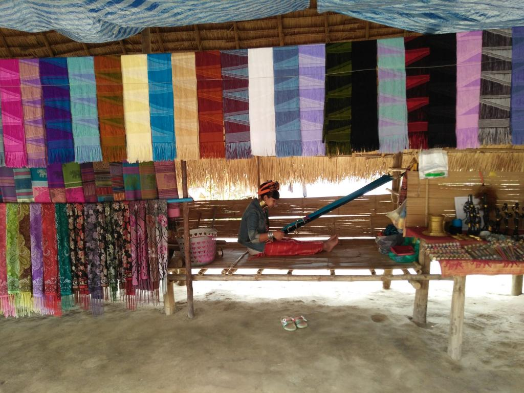 Mon genties kaimelis Čiang Majuje