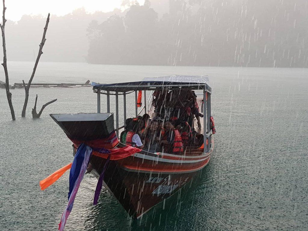 Lietus Khao Sok parke