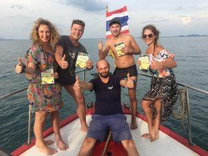 Nardymas su Tomu prie Phi Phi salų