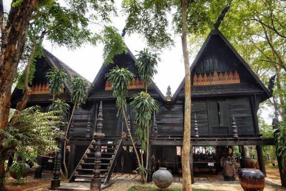juodu namu muziejus tailande pagal gintare ir sauliu
