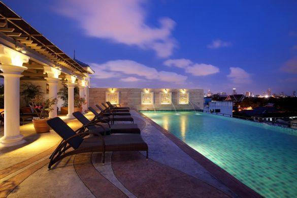 chillax resort viešbutis su baseinu ant stogo