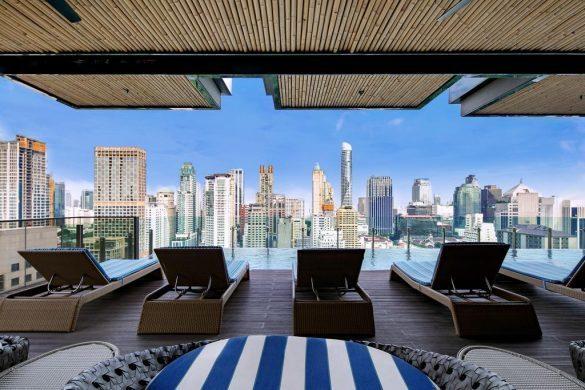 indigo bangkok wireless road viešbutis su baseinu ant stogo