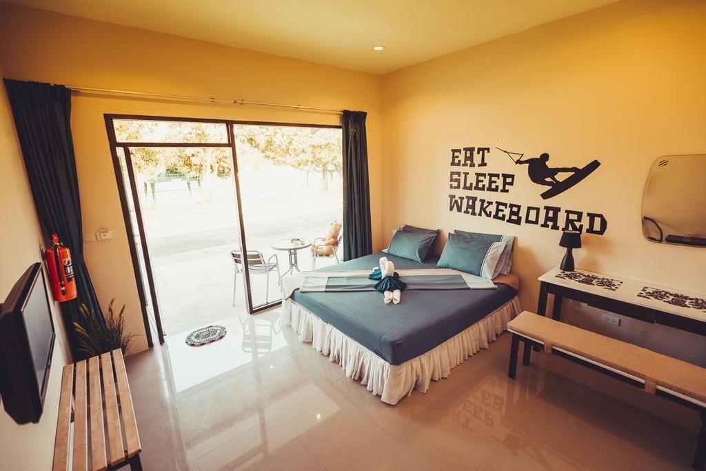 phuket wake park kambarys