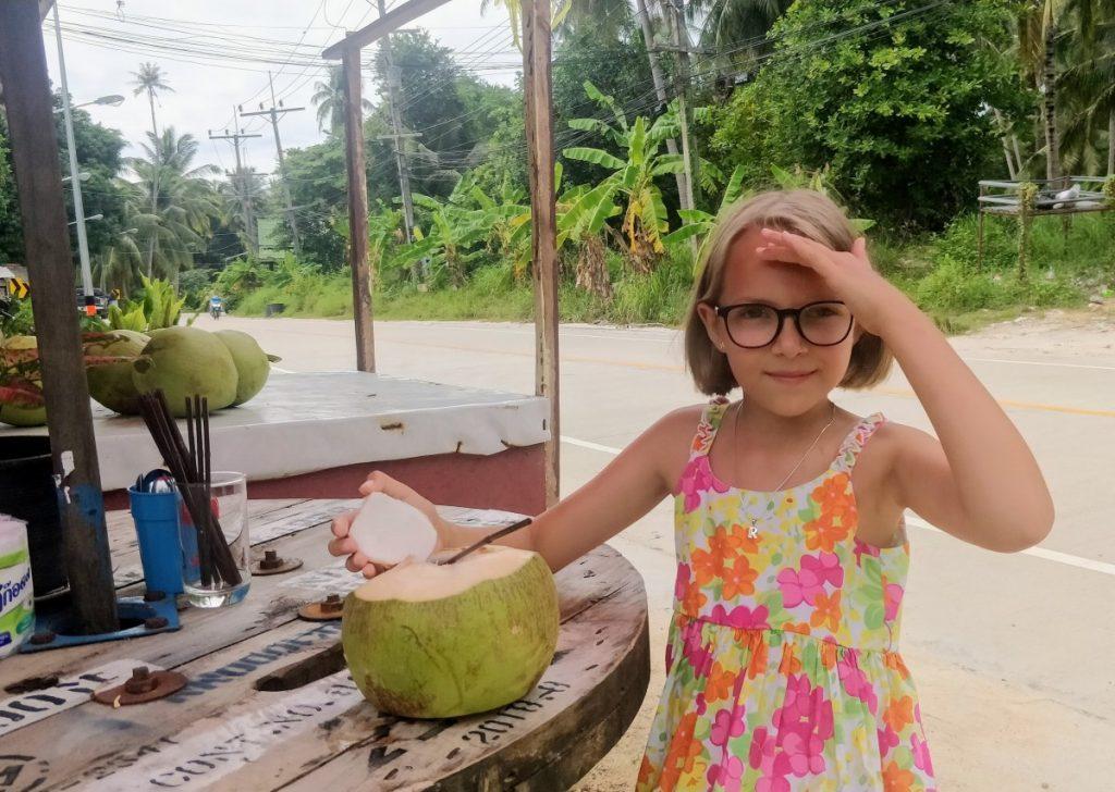 su vaikais tailande