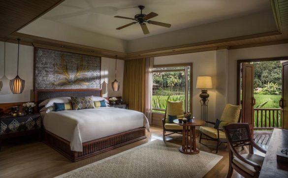 four season resort viešbutis ryžių laukuose